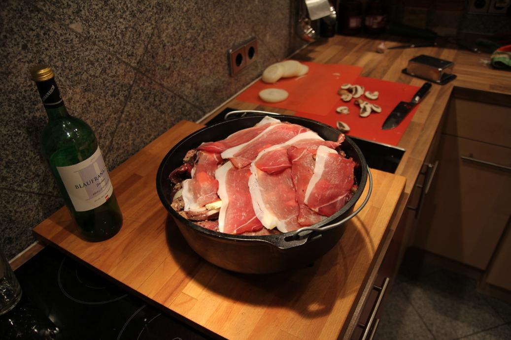 Dutch oven schichtfleisch rind